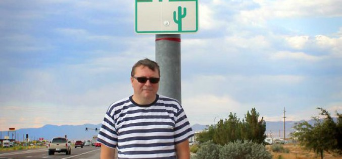 Poczułem, że wydawanie książek, mimo że dużo trudniejsze od ich sprzedawania, jest znacznie ciekawsze  – Janusz Arsłanowow o sobie