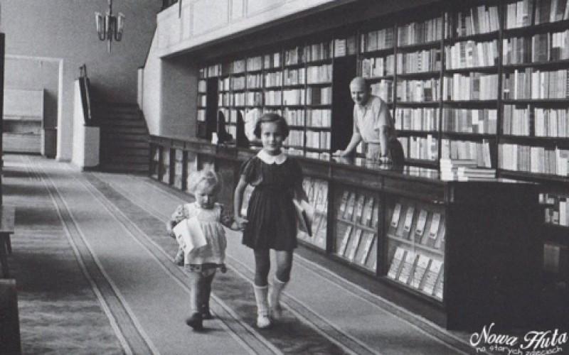 Kryzys na rynku książki dopadł nowohucką Skarbnicę