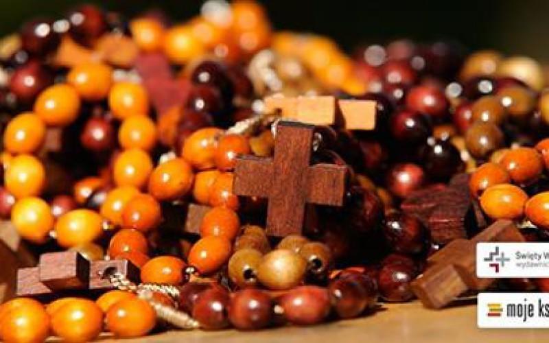 Różaniec do każdego zamówienia – oryginalna promocja w Świętym Wojciechu