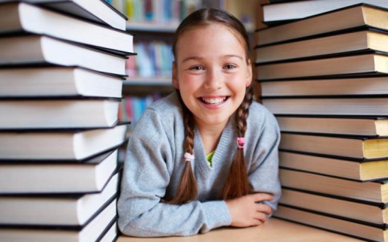 Biblioteki szkolne mogą kupować książki. Byle nie Prusa lub Sienkiewicza