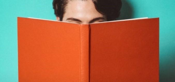 """Miesięcznik """"Book Up!"""" – bezpłatny cyfrowy magazyn o książkach i kulturze"""