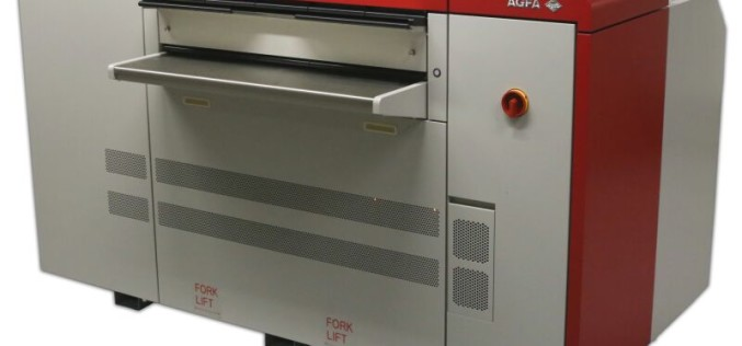 Agfa Graphics wprowadza na rynek nową półformatową naświetlarkę Avalon N4-30