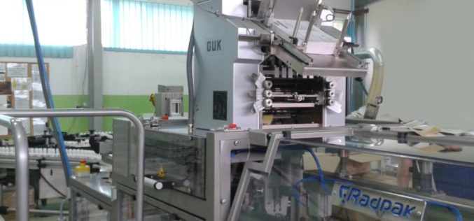 Pierwsza w Polsce instalacja falcerki GUK z oferty Avargraf na maszynie pakującej