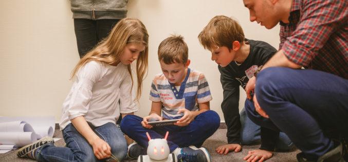 Robot Photon dla polskiej edukacji