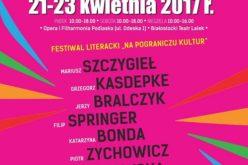 Nowości, bestsellery, autografy znanych autorów – CCPress na targach Książki w Białymstoku