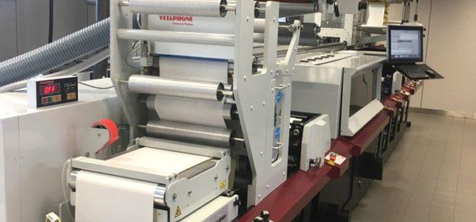 Pierwsza w Europie maszyna  Mark Andy Digital Series w drukarni Arti-Bau:  wzrost wydajności o 50%