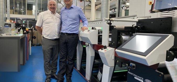 Pierwsza w Europie maszyna fleksograficzna Mark Andy P9E w drukarni Berkshire Labels
