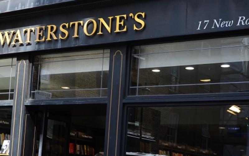 """""""Wracamy do biznesu"""": rekordowa sprzedaż w brytyjskich księgarniach"""
